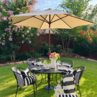 Round Outdoor Market Patio Umbrella